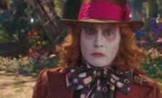 """VÄRSKE TREILER: """"Alice peeglitagusel maal"""" – kas Sacha Baron Cohen võtab Johnny Deppilt kõige veidrama tegelase tiitli?"""