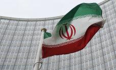 Иран пригрозил выйти из соглашения по атому в случае продления санкций США