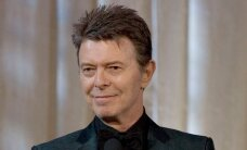 Legendaarse David Bowie tuhk puistatakse mägedesse?
