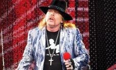 FOTOD: Guns N' Roses tegi Soomes kummarduse Kimi Räikkönenile