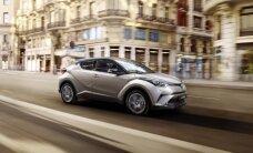 Eksklusiivselt Milanost: esimene pilk Toyota C-HR kupeemaasturi salongi