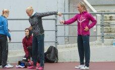 FOTOD: Mägi ja Šadeiko harjutasid enne rekordi püstitamist teatepulga üleandmist