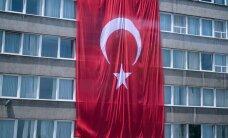 Türgis turistina seiklev naine: ei tohi luua mässajatega silmsidet, liikuda tuleb ainult kõrvaltänavaid pidi