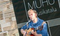 VIDEO JA FOTOD: Jaan Tätte laulis sisse Muhu Muusikatalu, kus hakkab toimuma 20. Juu Jääbi festival!