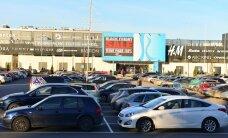 Jahmatavad numbrid: vaid 10 protsenti kaubanduskeskuste parkimiskohtadest vastavad nõuetele