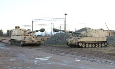 USA suurtükiväelased viivad läbi lahinglaskmisi