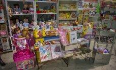 ФОТО: Департамент здоровья изъял из магазинов содержащие опасные вещества игрушки