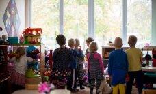Nohused lapsed ja emmede palgalõhe