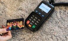 В этом году объем платежей по картам в мире впервые опередит покупки за наличные