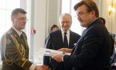 ГРАФИК: Сколько госнаград в разные годы вручили президенты Эстонии