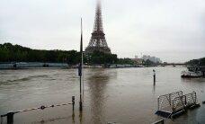 ФОТО И ВИДЕО: Наводнение в Париже, закрыты Лувр и музей Орсе
