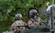 Американский журналист — о поездке в Эстонию: военная суета, бронемашины и истребители