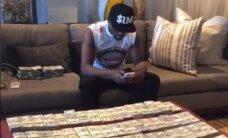 Mayweather: teenin sõrmegi liigutamata miljoneid dollareid kuus