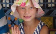 Sara Sofia saab tänu headele inimestele ja Lastefondile juukseproteesi