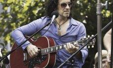 Def Leppardi kitarrist lahutab 25 aastat kestnud abielu