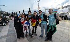 PUBLIK BAKUUS: rahvas koguneb lippude lehvides Kristallhalli!