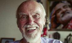 Ram Dass: Meie olevikulised tegevused mõjutavad ka meie hingeteadvust - seega on meil kohustus hakata just praegu teadlikumalt elama