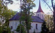 Tallinn-Tartu maanteel asuv Anna kirik kogub remondiraha ja paneb annetajate nimed sajanditeks kiriku seinale