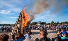 TOP 7 | Koeraliha festival ja kesköine pesapall: maailmas tähistatakse jaanipäeva väga erinevalt
