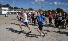 FOTOD: Pärnus toimus ühisgümnaasiumile traditsiooniks kujunenud Meremiili jooks