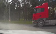 VIDEO: Hullumeelne veokijuht sõidab punasega lugeja nina eest läbi