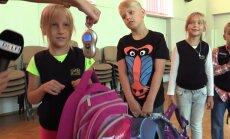 VIDEOEKSPERIMENT: Kui rasked on 1. klassi õpilaste ranitsad tegelikult?