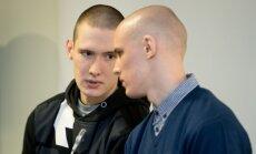 Filip-Artur (vasakul) tunnistab, et tema tappis taksojuhi.Benjamin osales enda sõnul ainultröövimises.