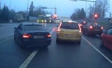 VIDEO: BMW juht ei saa aru, miks kõik seisavad