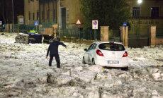 ВИДЕО. Такого в Риме давно не было: снег, град, шторм и ледяные глыбы