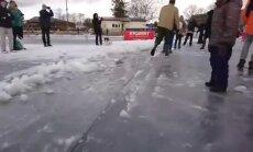 ВИДЕО: Неофициальный мировой рекорд: в Тарту вырезали изо льда огромную карусель