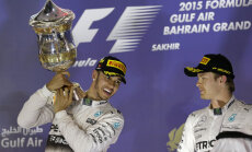 Lewis Hamilton Bahreini etapi võitjana