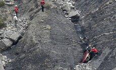 Marseille' prokurör: üksi kokpitis olnud teine piloot lendas ilmselt tahtlikult vastu mäge