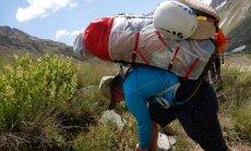 Pamiiri vallutajate seiklused | Mida teha, kui seljakott, kus on terve su elu, pooleks läheb?