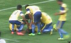 VIDEO: Väravat saltoga tähistanud jalgpallur sai surmava vigastuse