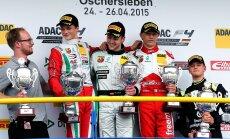 Eesti vormelipiloot pääses F4 sarjas Schumacheri pojaga koos poodiumile