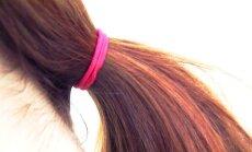 Kas teed ka nii? 8 viisi, kuidas naised iga päev tahtmatult oma juukseid kahjustavad
