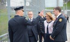 FOTOD: President Ilves ja Ieva Ilves külastasid Ida-Virumaa visiidil Narva piiripunkti