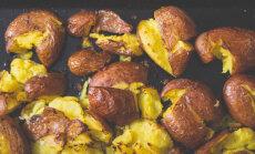 """Raadiosaates """"Köögikultuur"""" valmistasid saatejuhid sellel nädalal """"lömmis kartuleid"""""""
