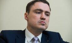 Peaminister sekkus: Rõivas kutsus Ossinovski ja Sesteri seoses haigekassa ülekulutustega vaibale
