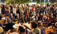 Pühapäeval on ülemaailmne ühislaulmise päev: lõunal lauldakse Tammsaare pargis ja õhtul Hopneri majas