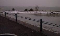 Väikse väina tammi ähvardab üleujutus