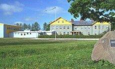 Keskerakondlane Priit Toobal ostis koolimaja, millel on ka saun-suusabaas
