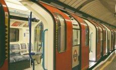 RASSISM LONDONI METROOS: Mees tõmbas muslimi naiselt pearäti ja lõi teda