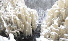 FOTOD ja VIDEO: Valaste joa ümbrus on omandanud talviselt maagilise välimuse