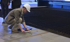 VIDEO: Turu tehases lõigati välja Tallinki uue põlvkonna kiirlaeva esimene detail