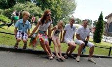MINU MOODI SOOME: Laste koht on loomaaias