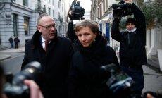 <p>Marina Litvinenko ja tema advokaat Ben Emmerson olid Londonis kohtu-uurimise avalikule kuulamisele minnes meedia tähelepanu keskpunktis.</p>