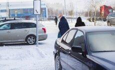 ФОТО читателя Delfi: Освобождает ли снег водителей от ответственности?