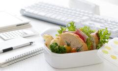 Kontoritrend: aldesko einestamine on kontoritöötajate seas üha populaarsem