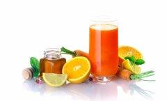 Viis tervislikku ja energiat andvat snäkki, mida peaksid kohvipausi ajal saiakese asemel nosima